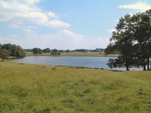 Lake in Tatton Park - geograph.org.uk - 19787