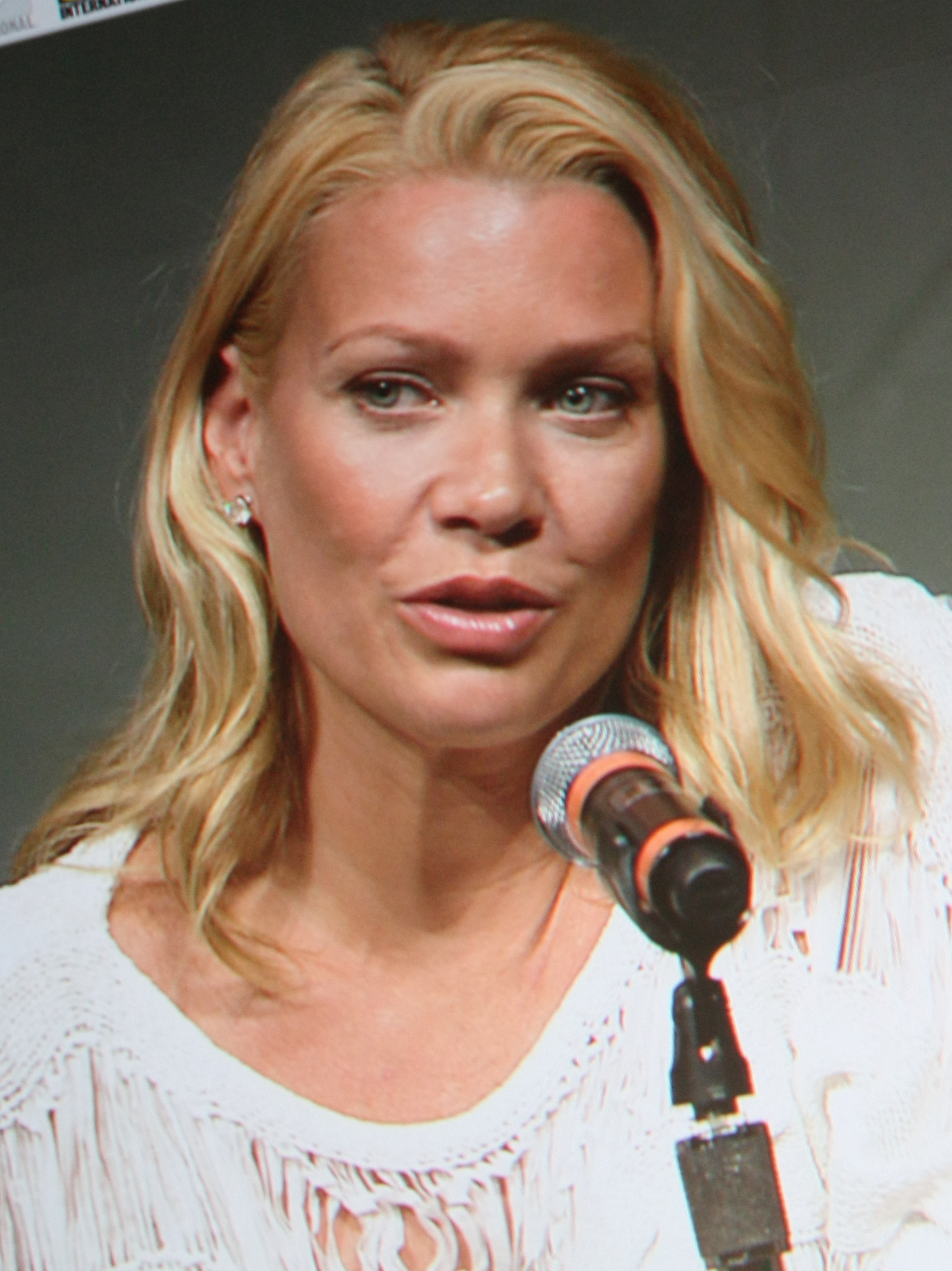 File Laurie Holden Comic Con 2012 Jpg Wikimedia Commons