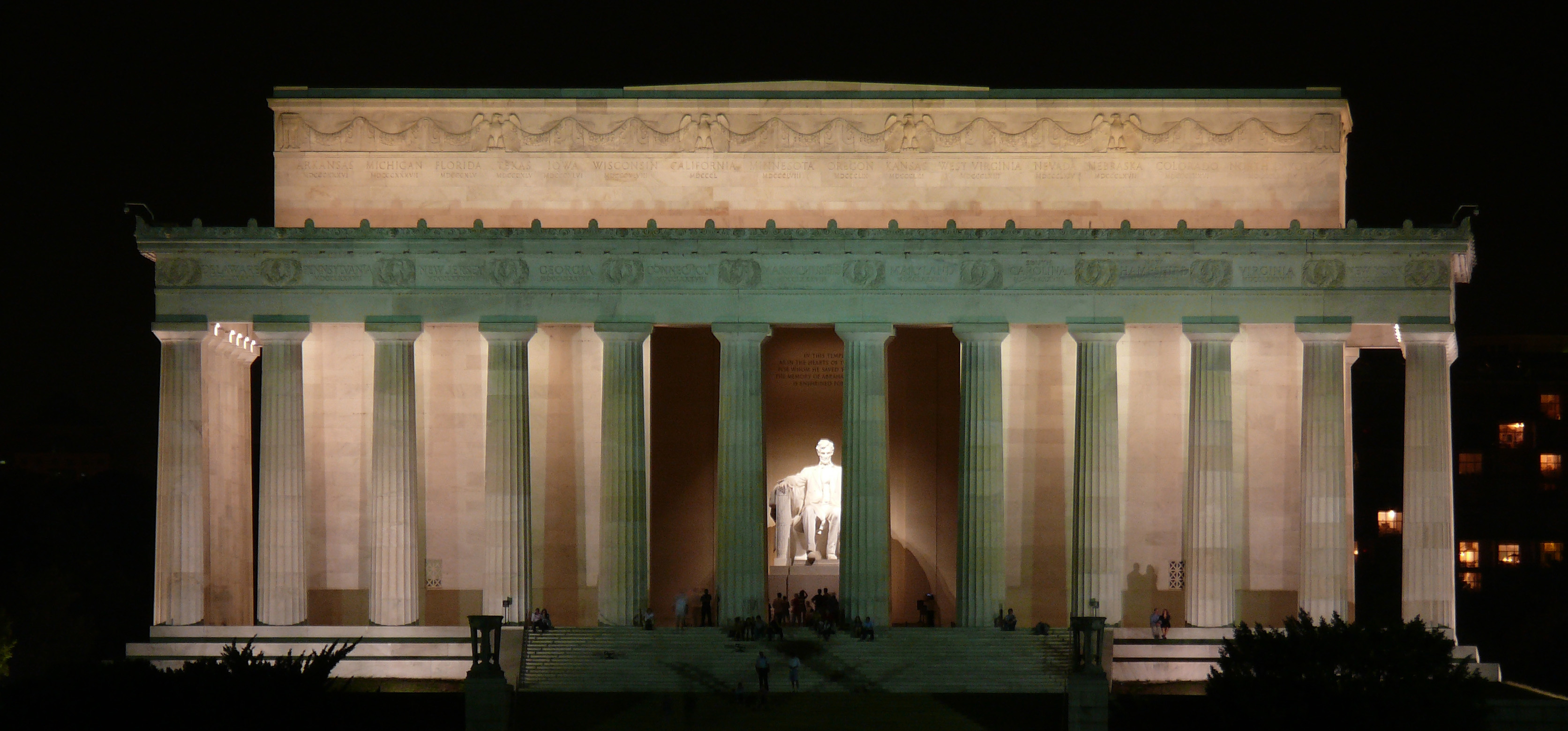 File Lincoln Memorial At Night Jpg Wikimedia Commons