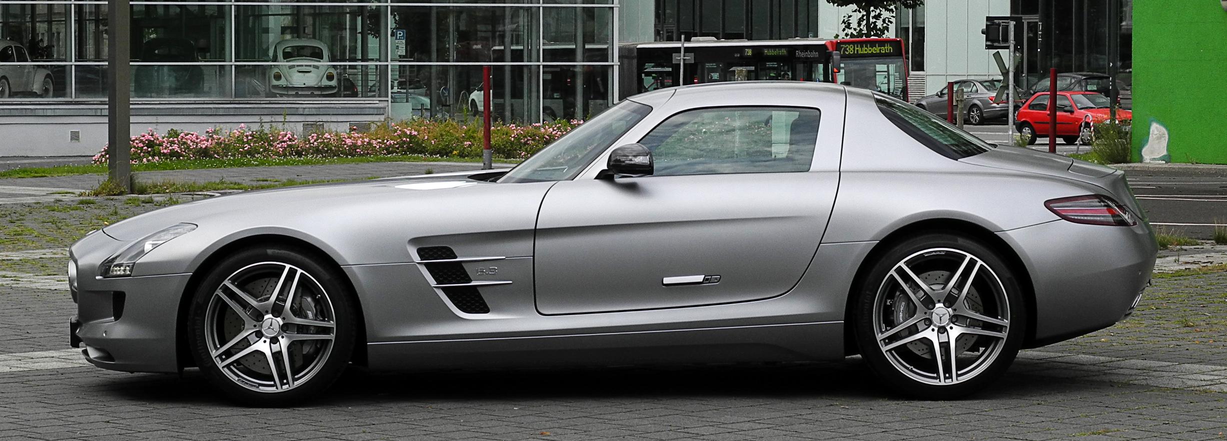 File Mercedes Benz SLS AMG C 197 – Seitenansicht 10 August 2011