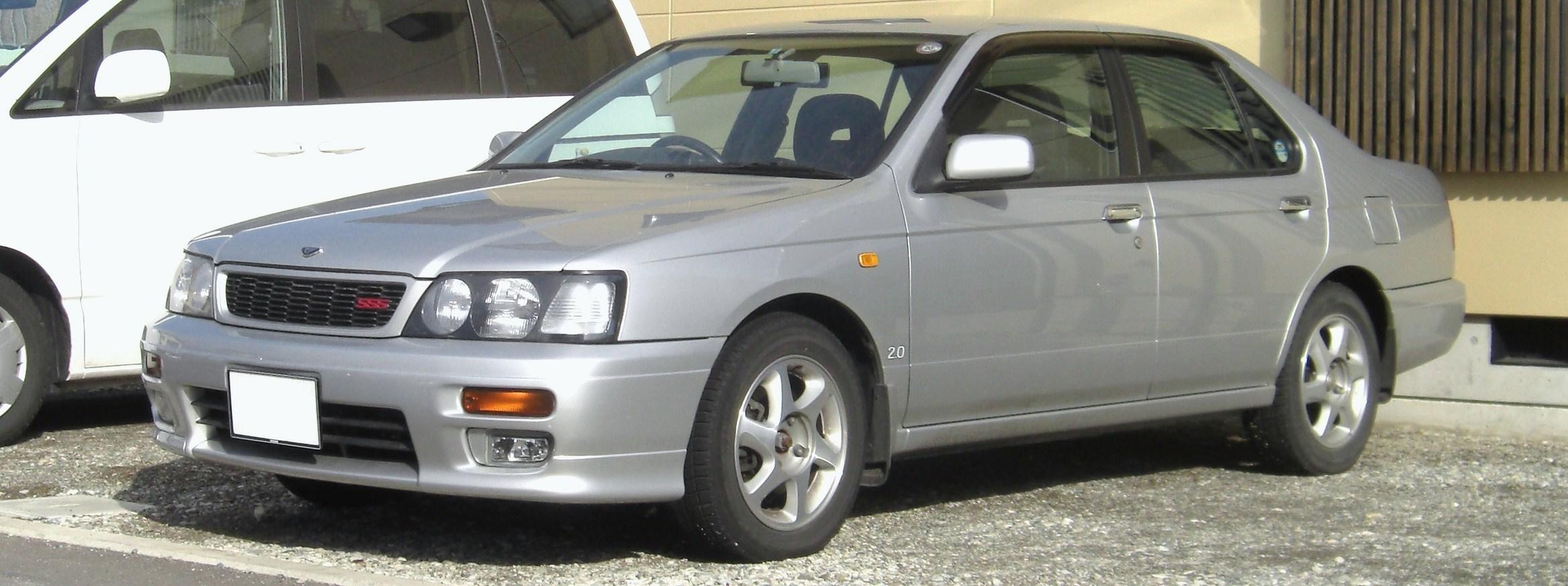 Nissan March Tuning >> File:NISSAN Bluebird SSS.jpg - Wikimedia Commons