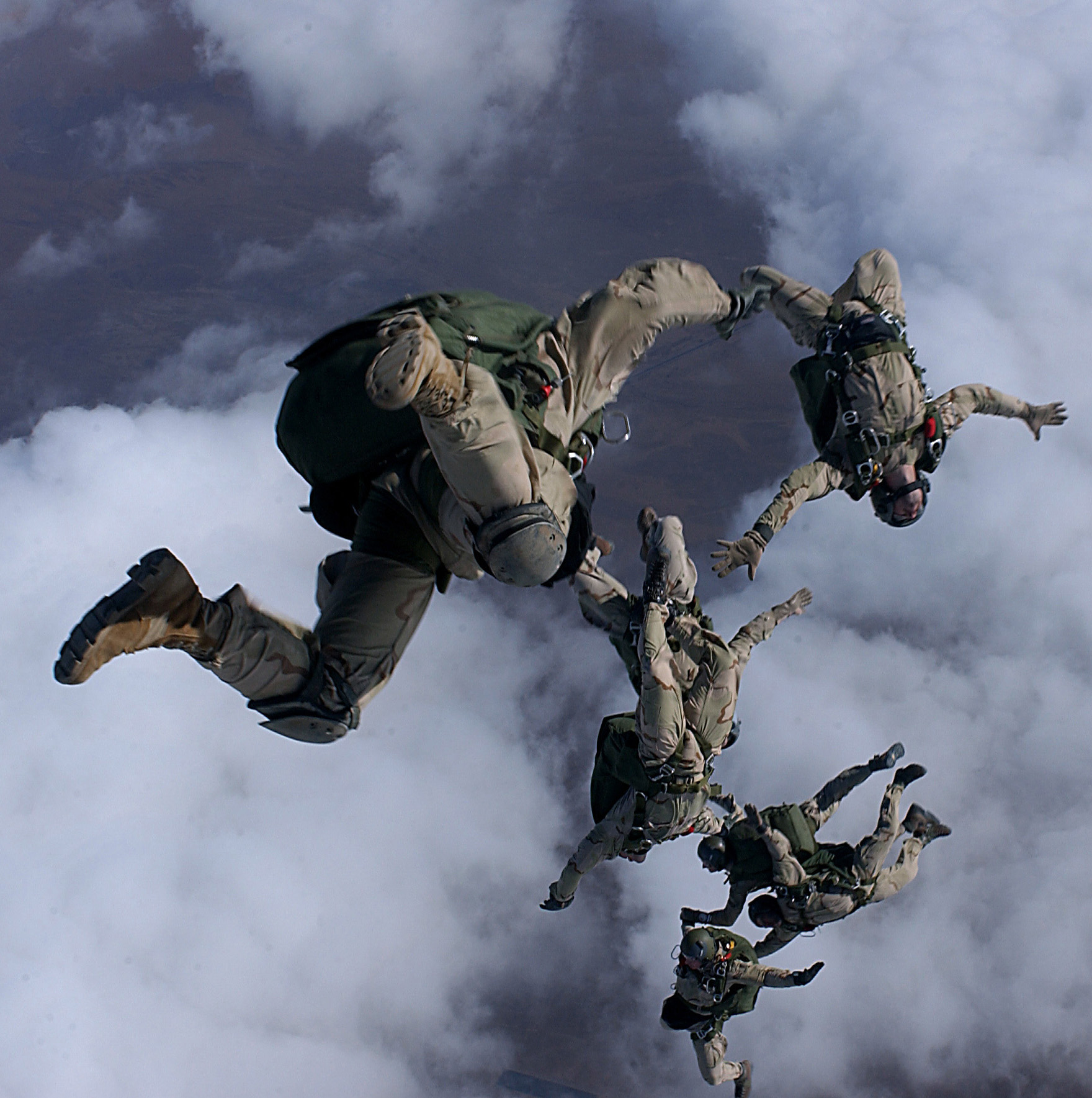 U.S Military Pararescuemen • Nighttime Parachuting • 31 July 2020