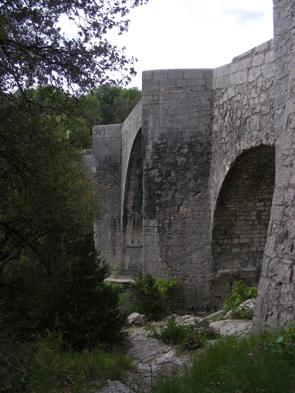 File Pont De Saint Etienne D Issensac 11 Jpg Wikimedia Commons