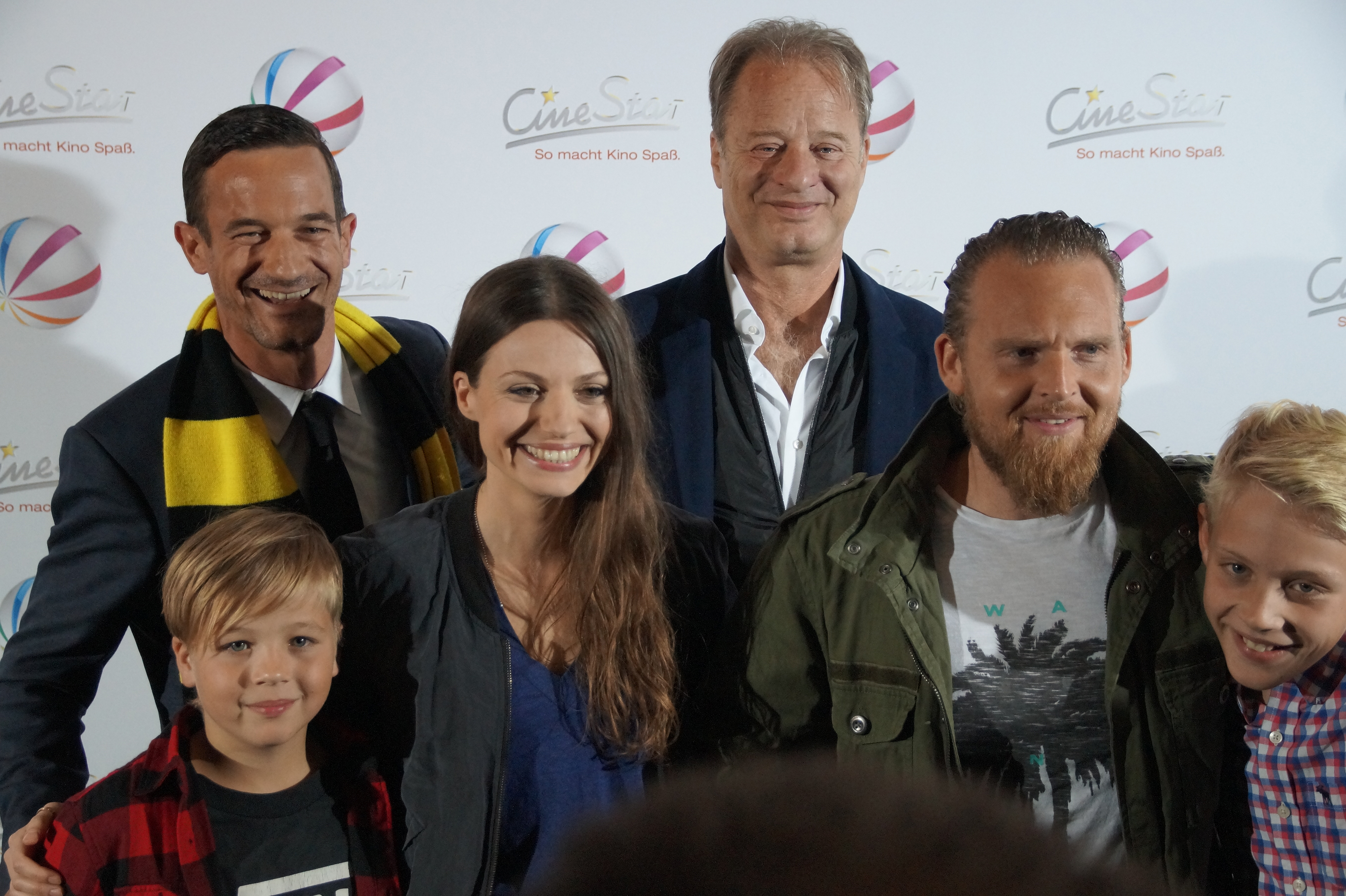 File:Sönke Möhring, Julia Hartmann, Tom Gerhardt, Axel Stein, Jonas ...
