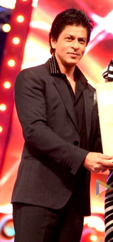 SRK at Big star awards.jpg