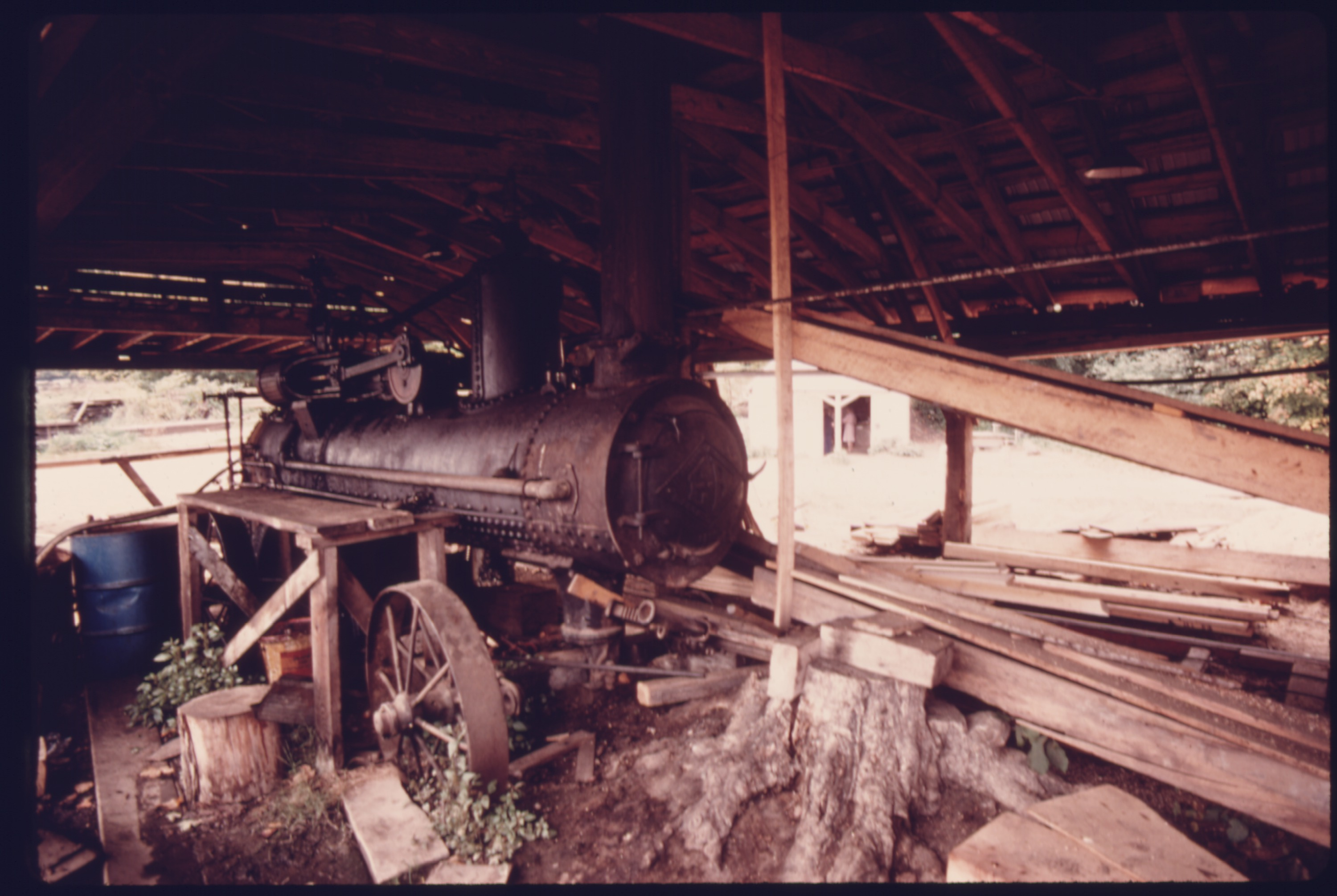 File:STEAM BOILER AND ENGINE AT THE HALE FARM AND WESTERN RESERVEreserve village