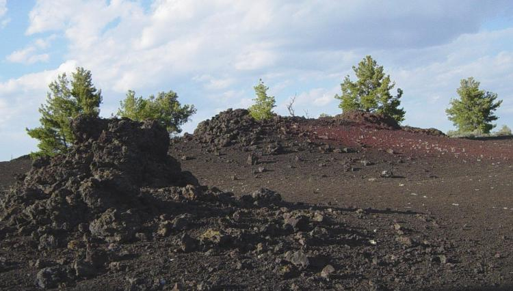 File:Scoria field at Craters of the Moon NM-750px.JPG