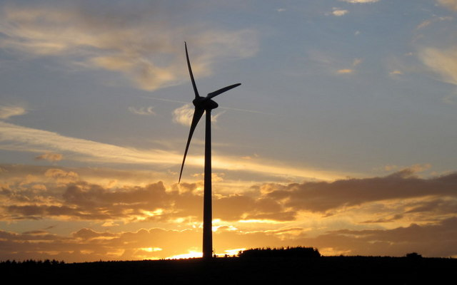 Shooter's Bottom wind turbine at dusk - geograph.org.uk - 1385624