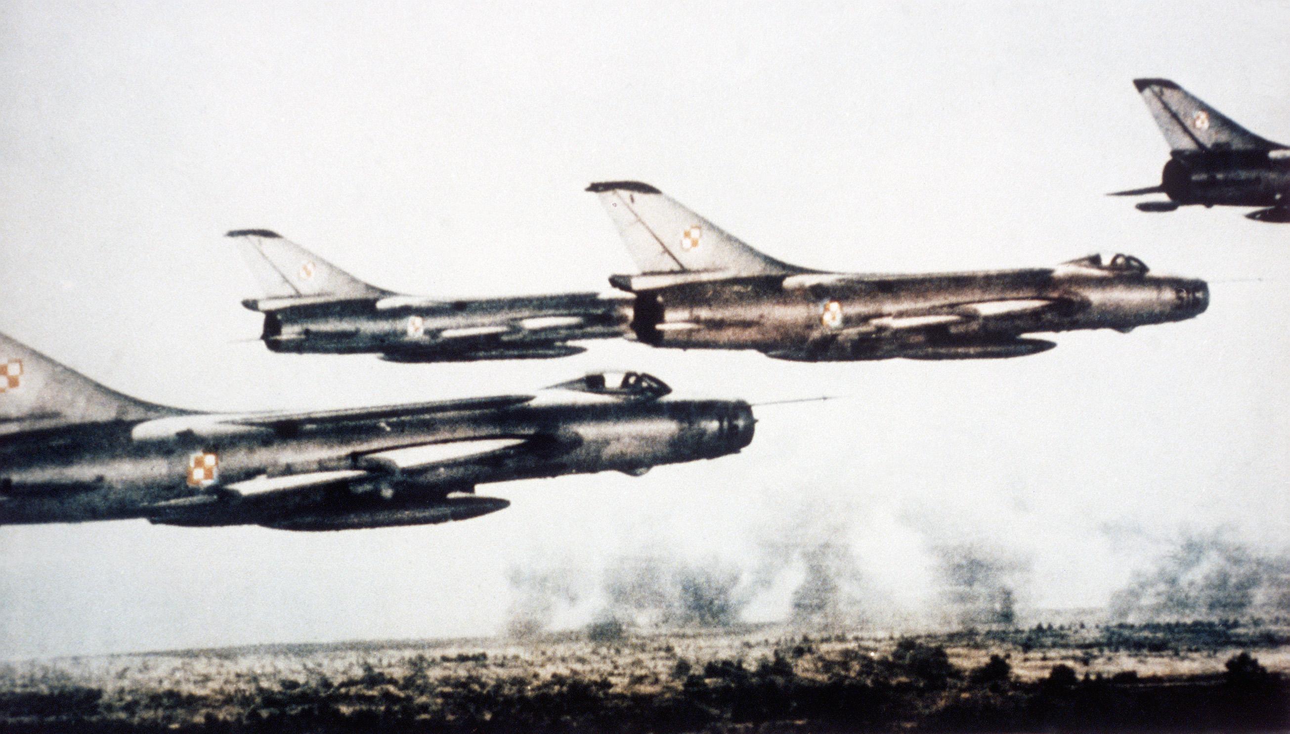 Su-7B_Fitter_A.jpg