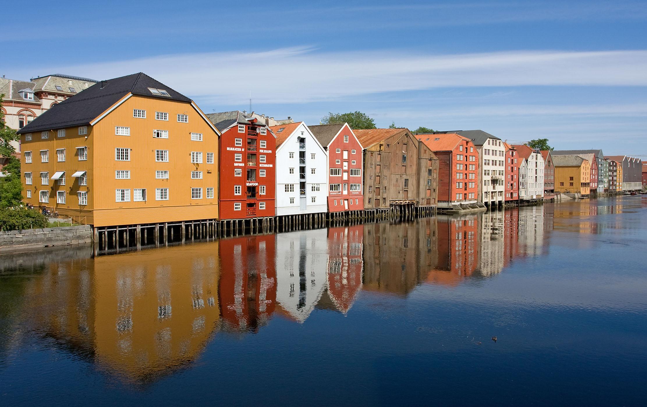 File:The Nidelva River - Trondheim, Norway - panoramio.jpg