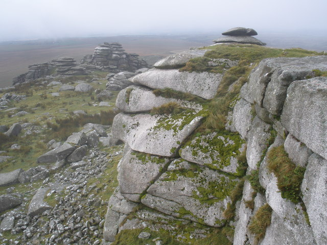 The summit of Rough Tor - geograph.org.uk - 1005922