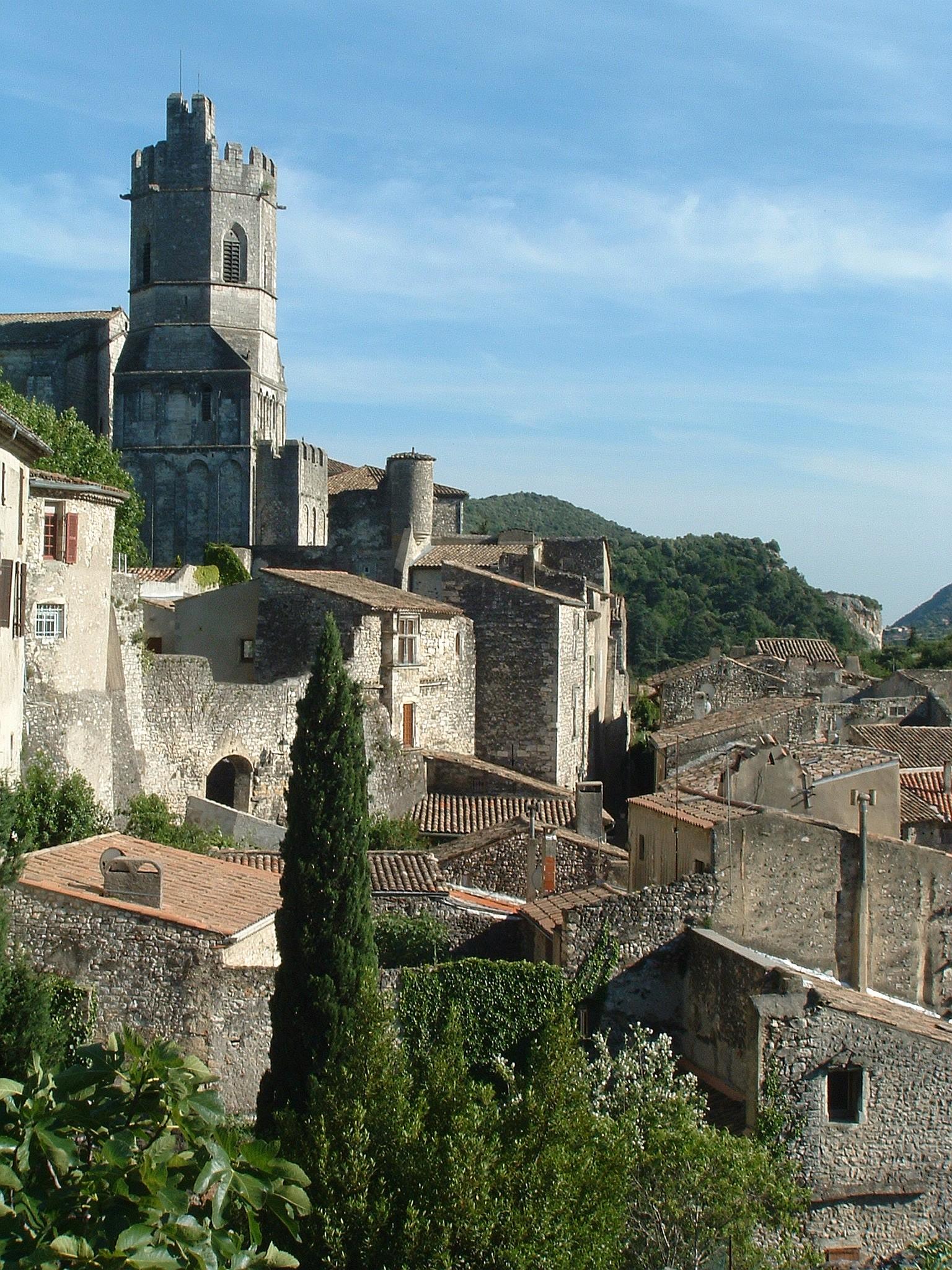 Viviers (Ardèche)