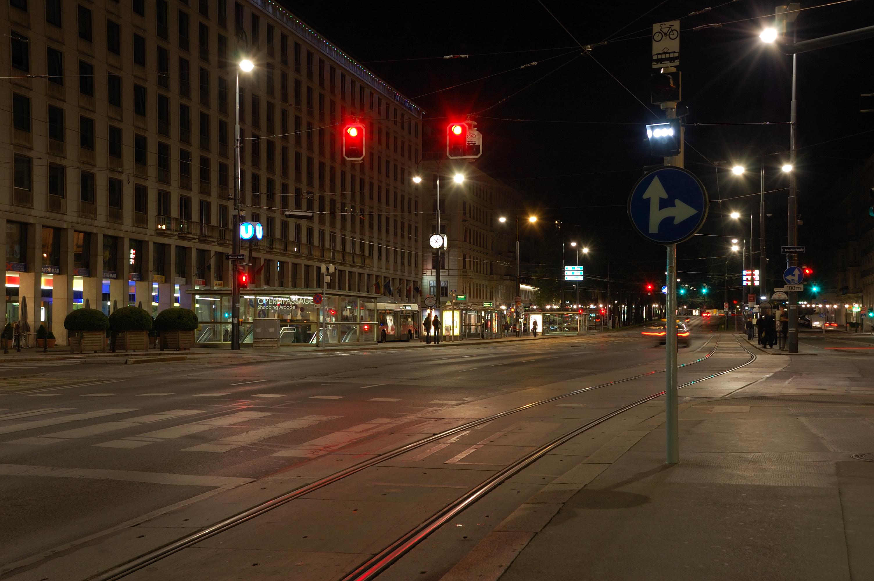Wien DSC 9777 (2740486416).jpg
