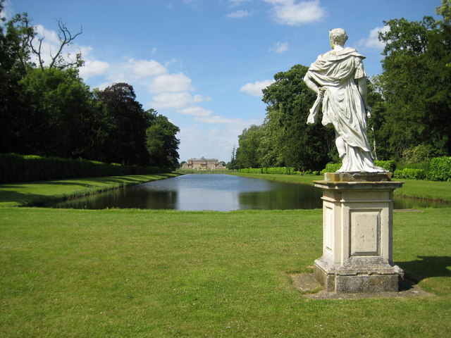 Wrest Park, The Long Canal - geograph.org.uk - 871788