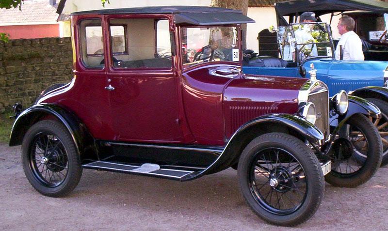 1926 Ford Model T Antique Car Magazine