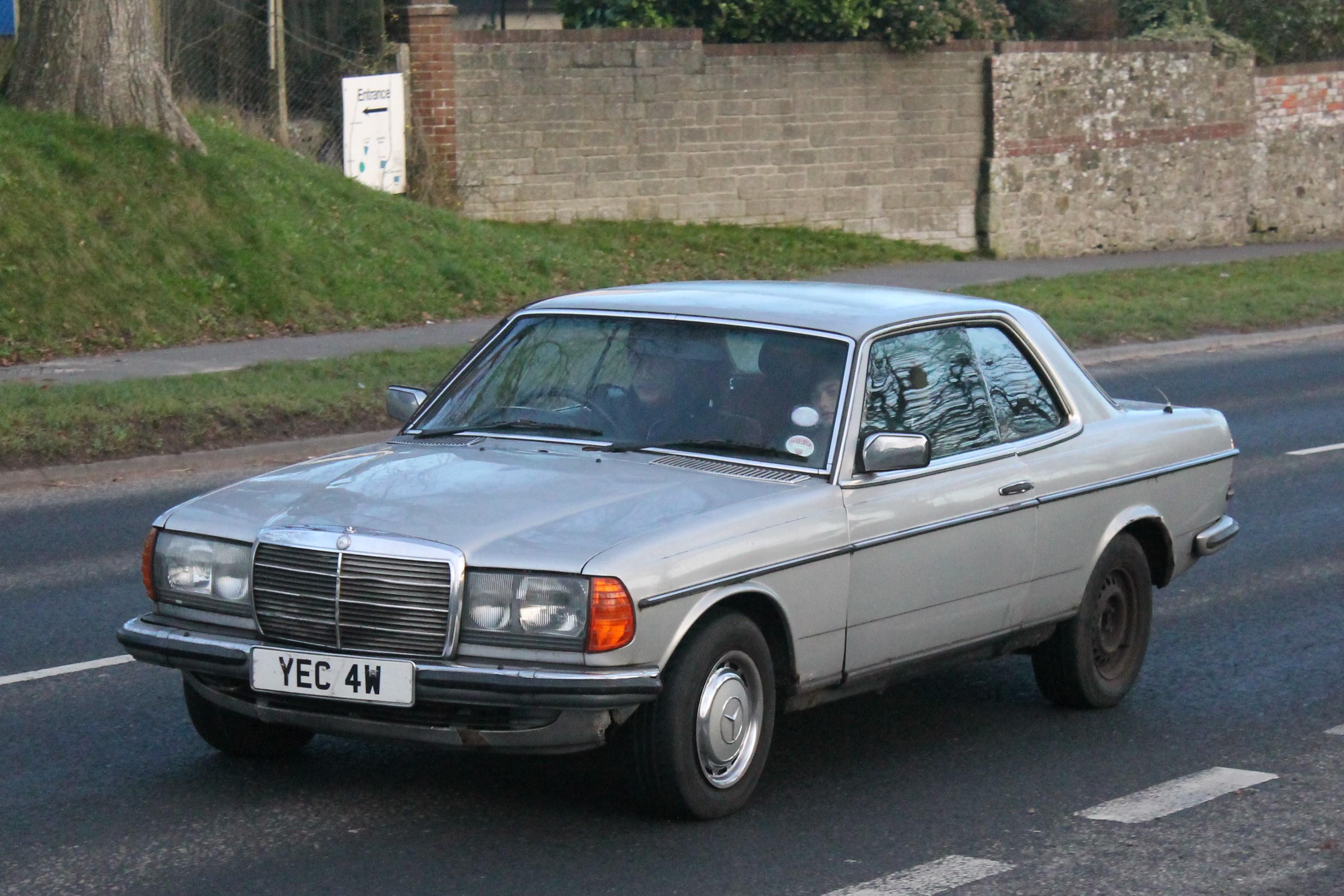 Mercedes  Azzurro Wikipedia