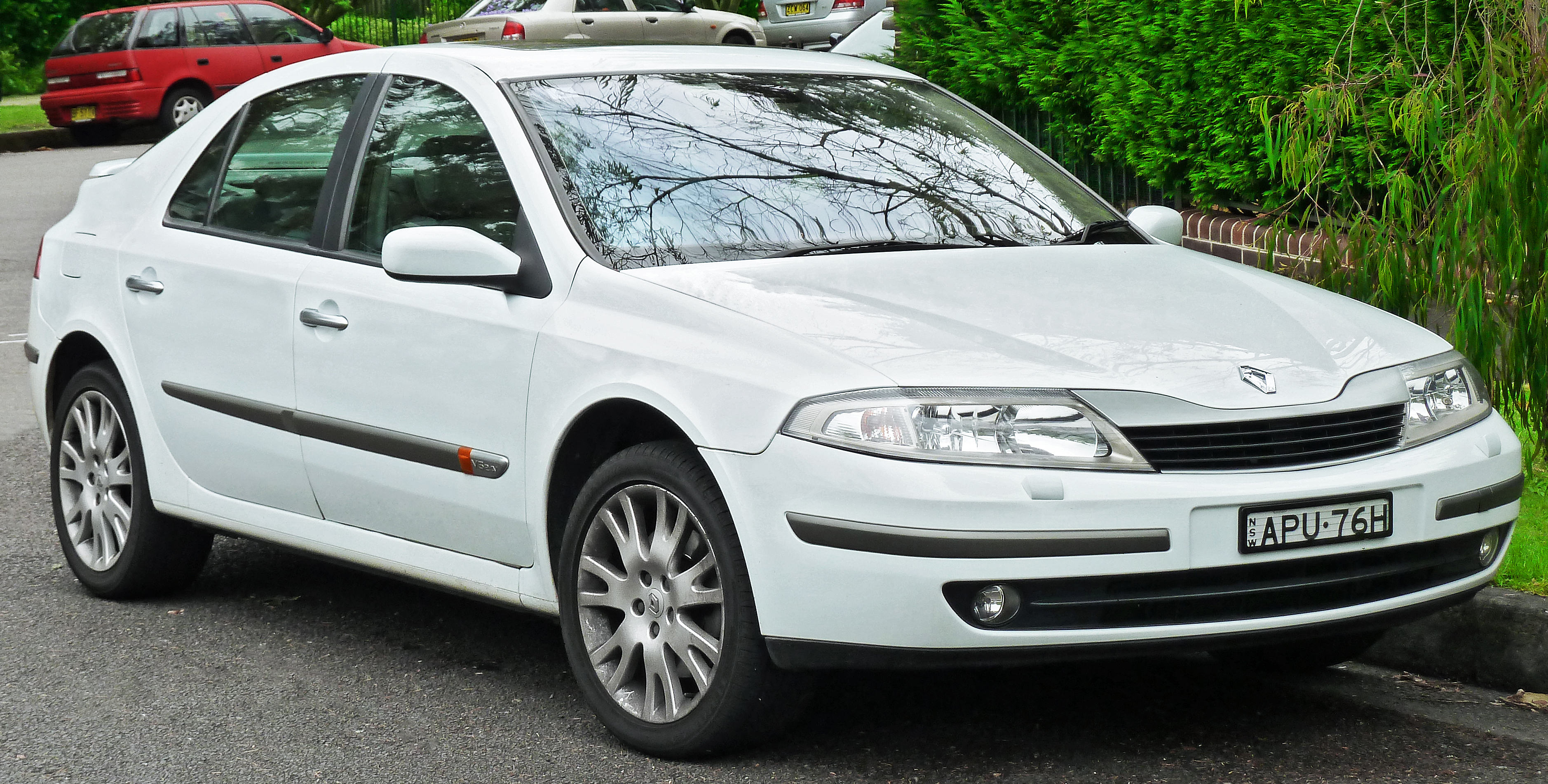 file 2003 renault laguna x74 privilege lx hatchback 2011 11 18 wikimedia commons. Black Bedroom Furniture Sets. Home Design Ideas