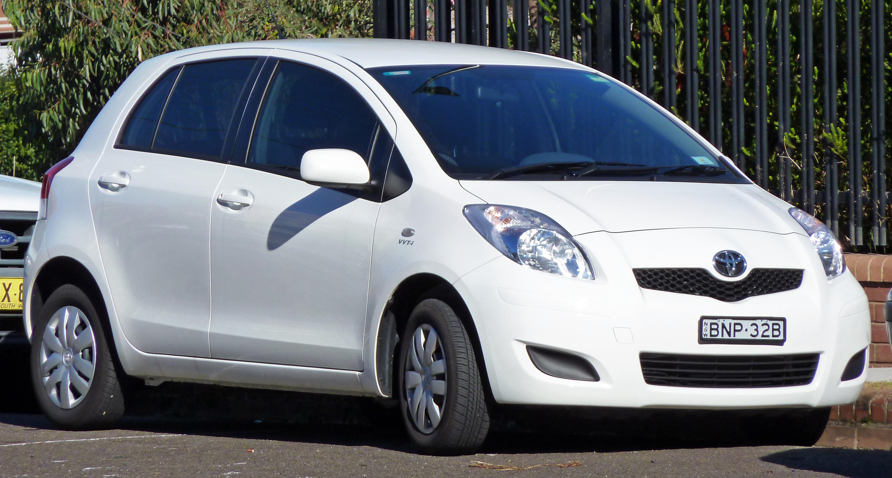Toyota Yaris 2008 White