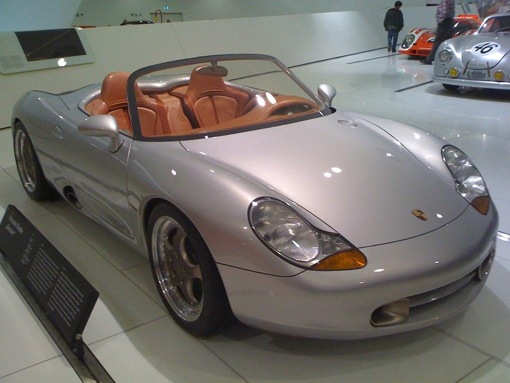 File:2009-11-04 1993 Porsche Boxster Concept.jpg ...