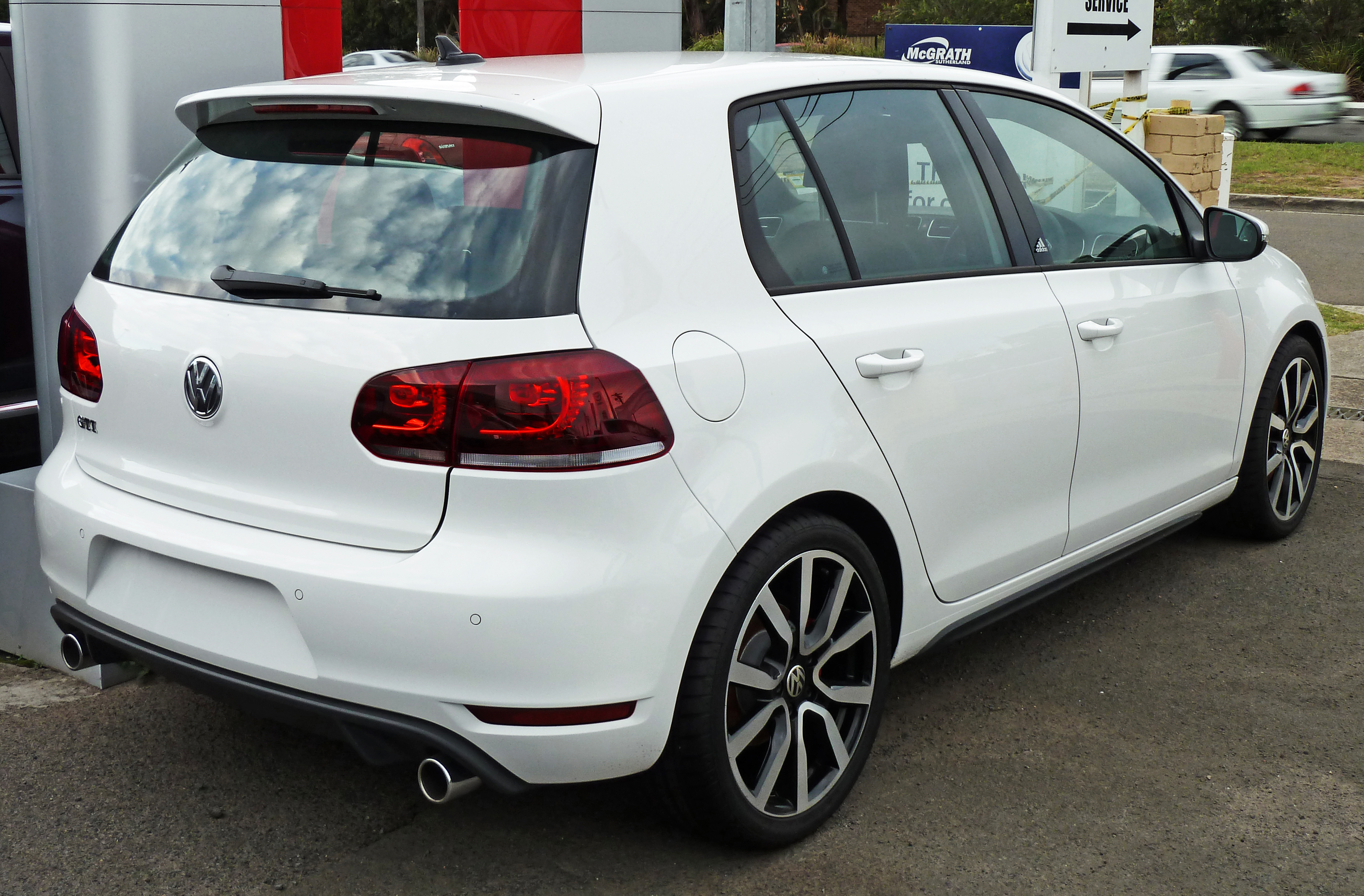 auto facelift for volkswagen sale news golf a york eyeliner vw show and some lineup gets h gti new