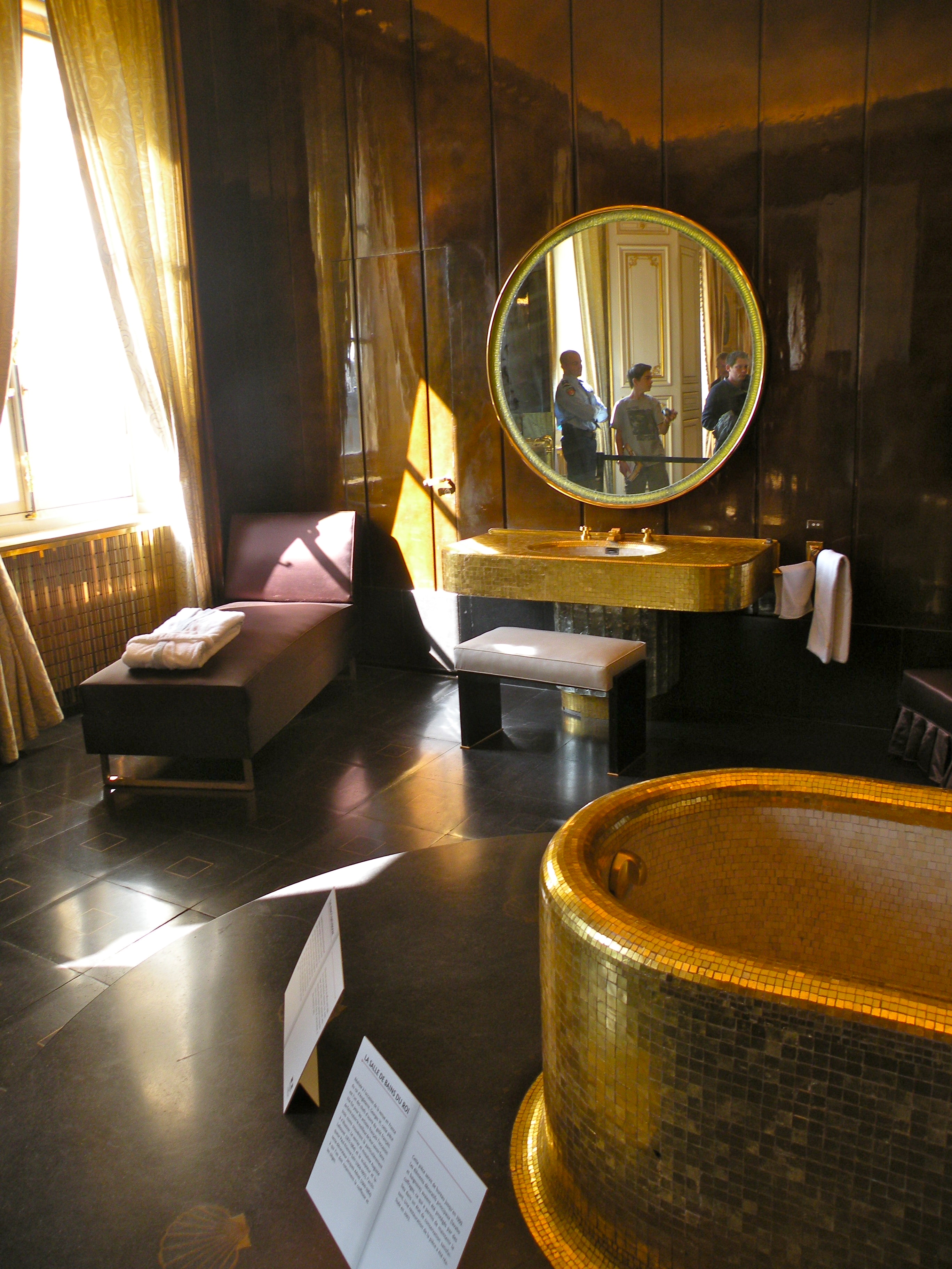 file 37 quai d orsay salle de bain du roi wikimedia mons