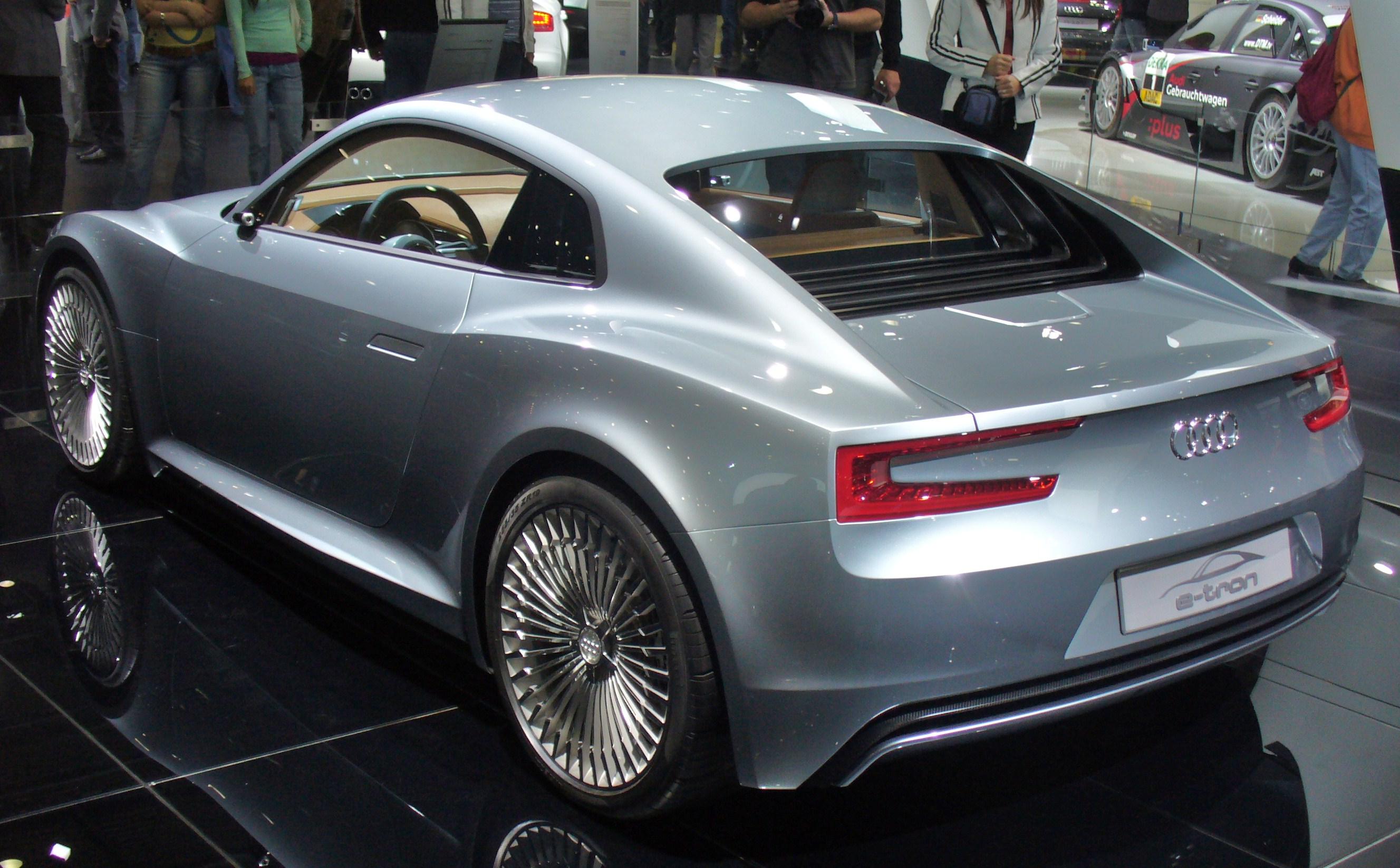File Audi E Tron Detroit Heck Jpg Wikimedia Commons