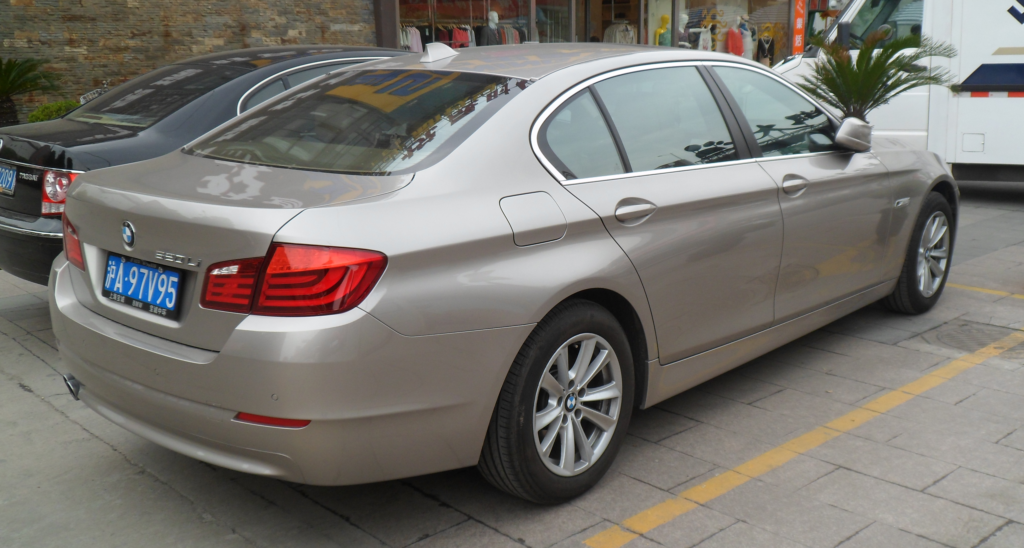 Bmw 530d gt review uk dating 1