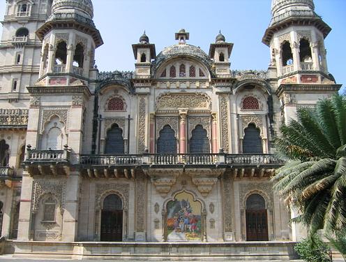 File:Baroda Palace, Baroda.jpg