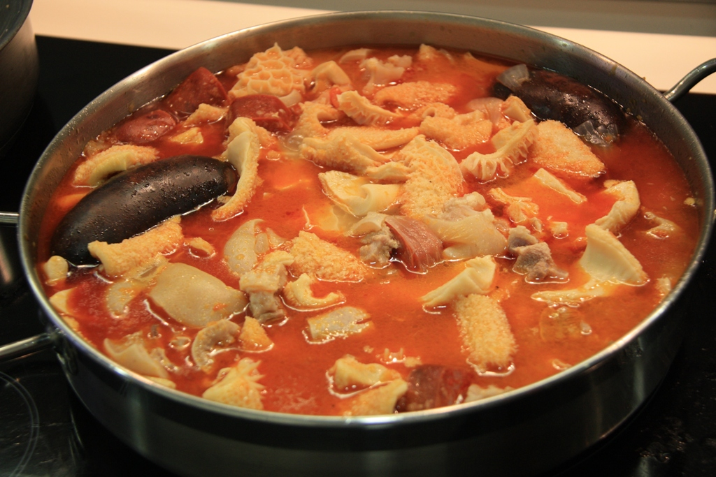 Receta de cocina casera para preparar paso a paso Callos a la Madrileña