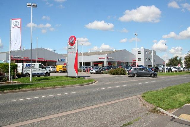 File:Charles Warner Vauxhall dealers - geograph.org.uk - 933749.jpg