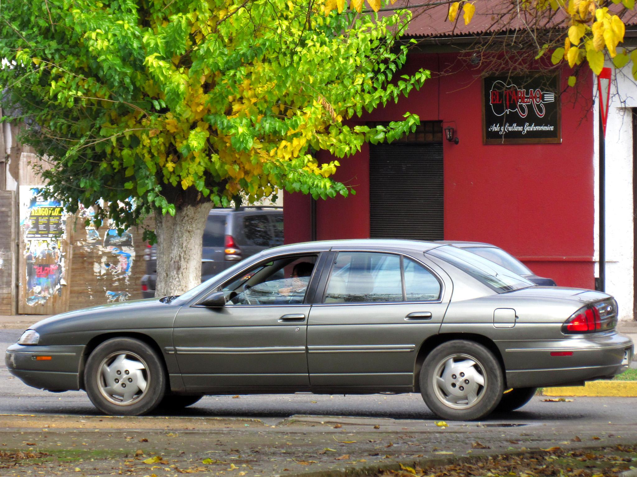 Old Chevy Cars >> File:Chevrolet Lumina LS 1996 (8808373685).jpg - Wikimedia Commons