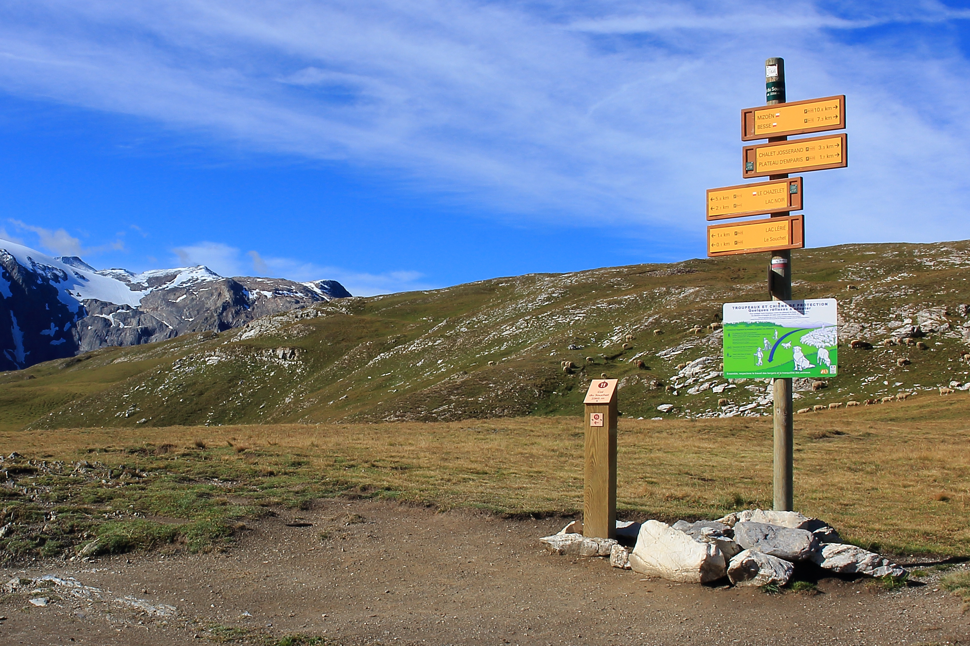 File:Col du Souchet, La Grave, Frankrijk (2356 m.) Landmark