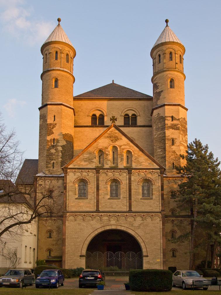 Iglesia de San Pantaleón (Colonia) - Wikipedia, la ...