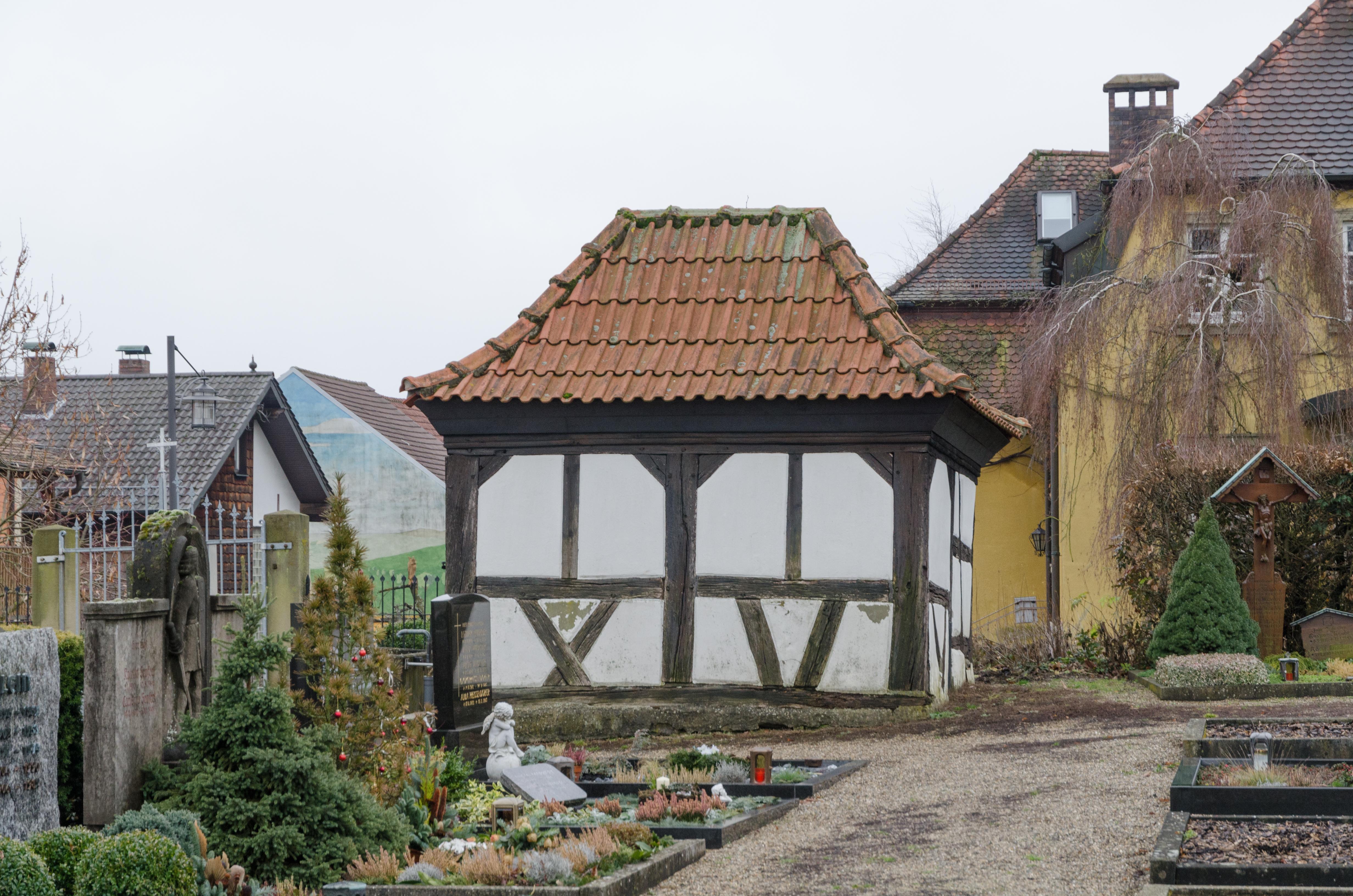 file dittelbrunn hambach friedhof fachwerkschuppen 002. Black Bedroom Furniture Sets. Home Design Ideas