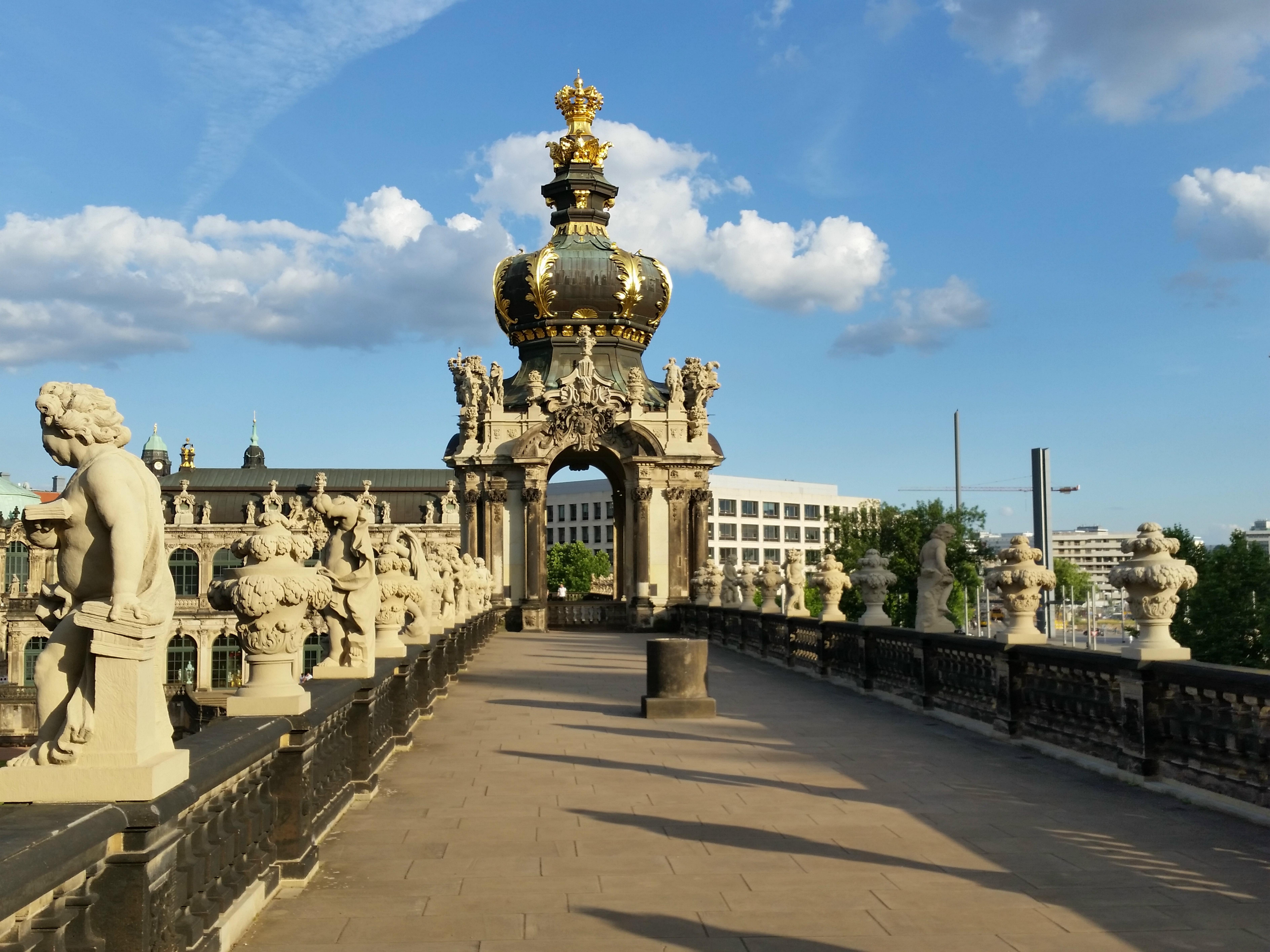 File Dresden Zwinger Kronentor 014 Jpg Wikimedia Commons
