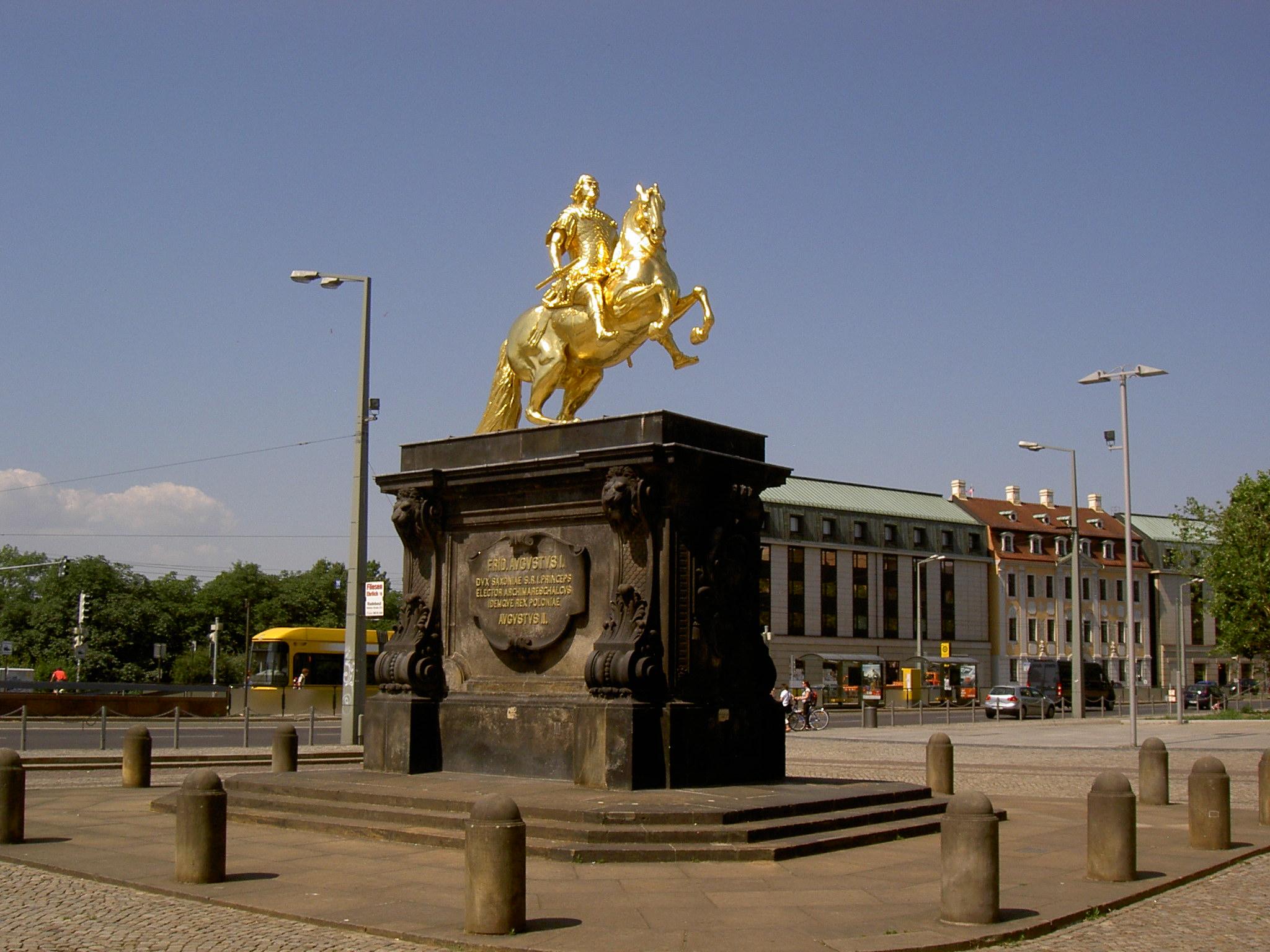 Der Goldene Reiter Dresden File:dresden Goldener Reiter