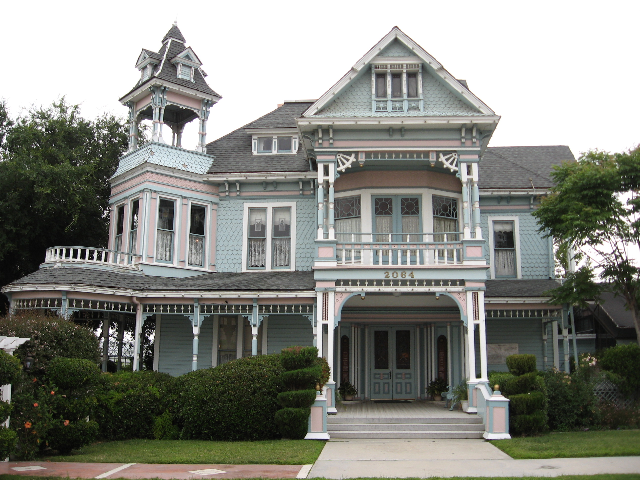 Edwards_Mansion.jpg