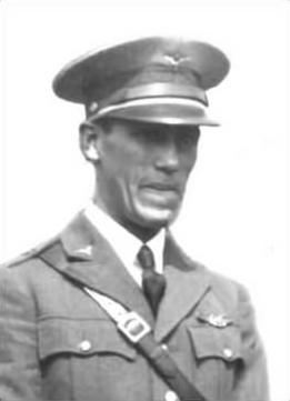 Emilio Carranza.
