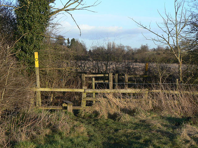 File:Entrance to Croft Glebe - geograph.org.uk - 1136392.jpg