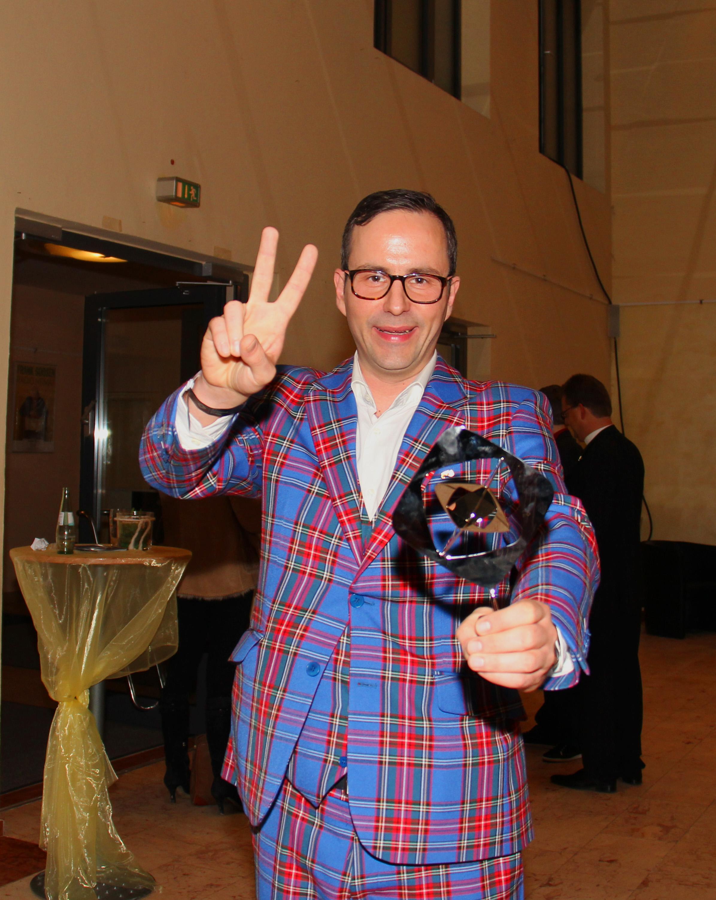 Brille 2012 ohne perücke und schröder Fritz Wepper