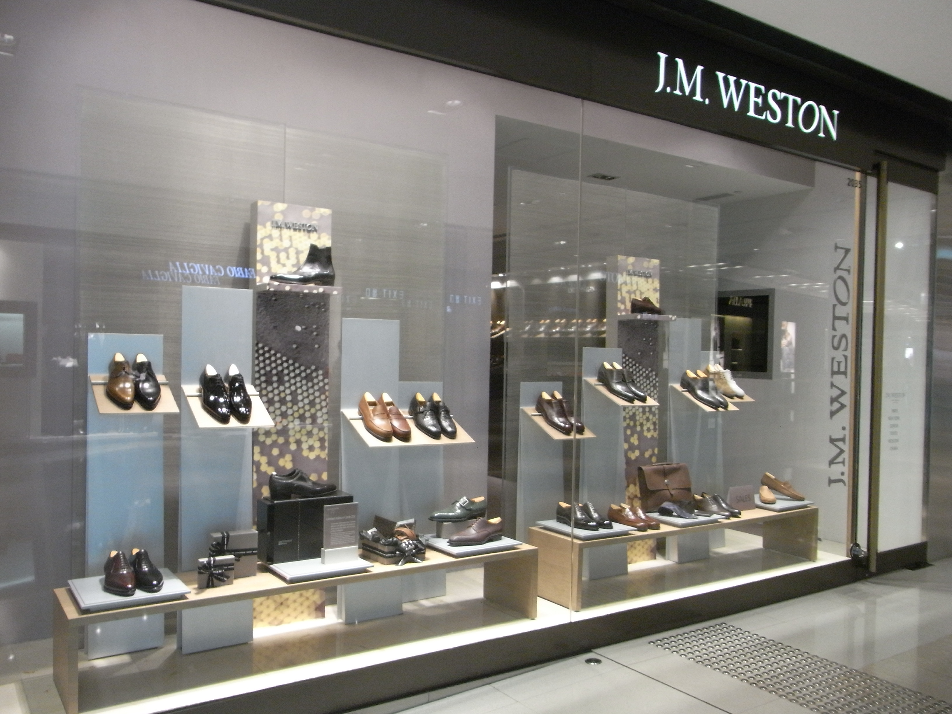 Shoe Stores At Innaloo Westfield
