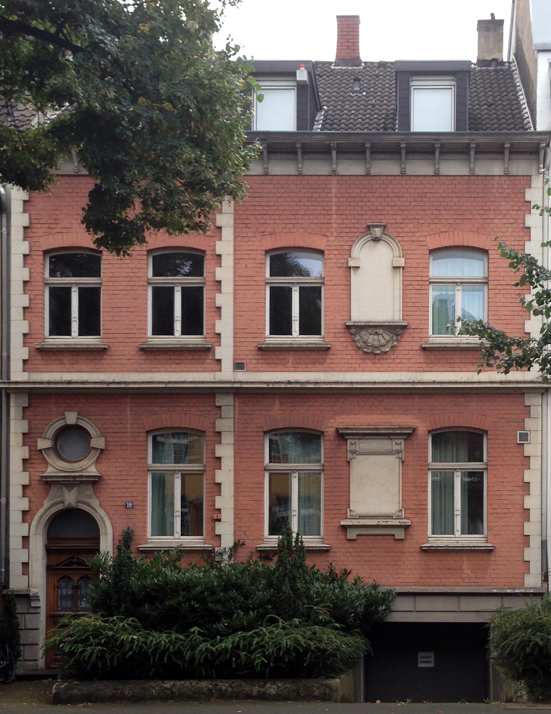 Datei Haus Düsseldorfer Straße 19 Düsseldorf Oberkassel