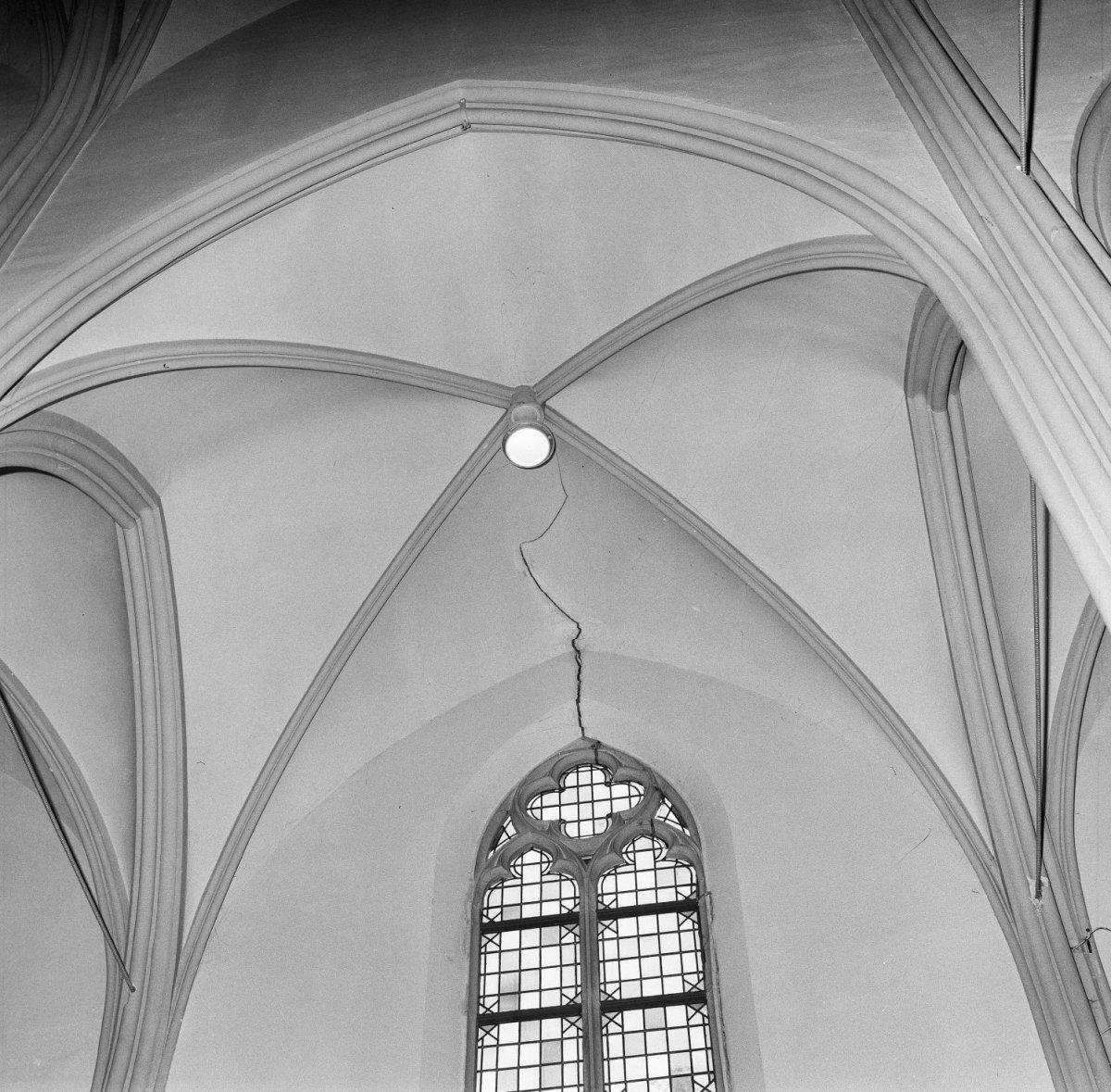 Datei interieur kruisgewelf met barst rijpwetering for Interieur niederlande
