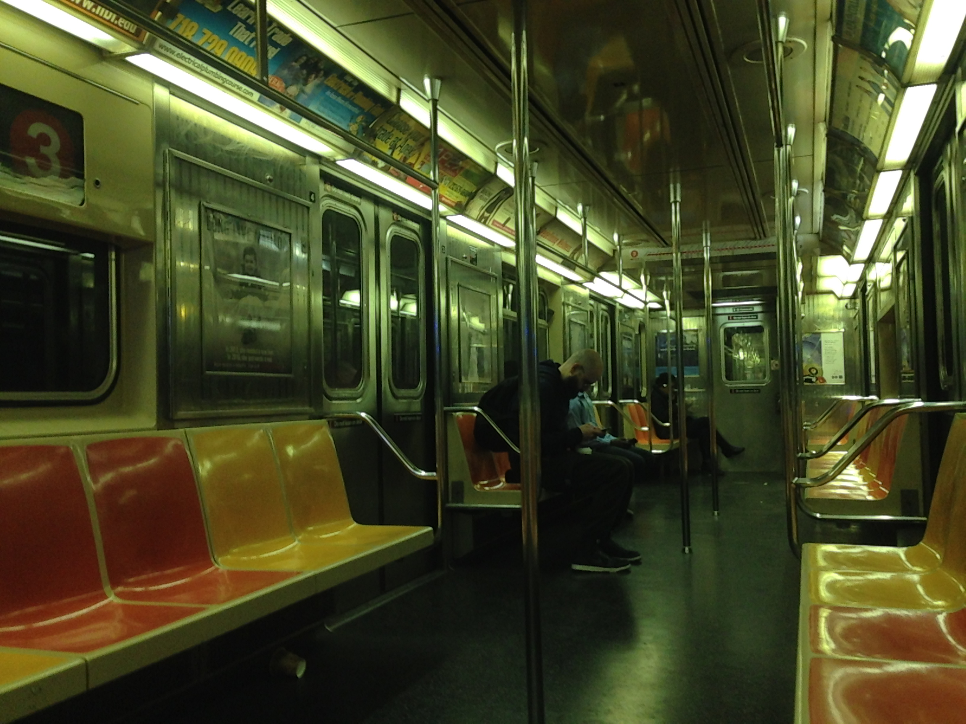 file interior of nyc subway car r62 wikimedia commons. Black Bedroom Furniture Sets. Home Design Ideas