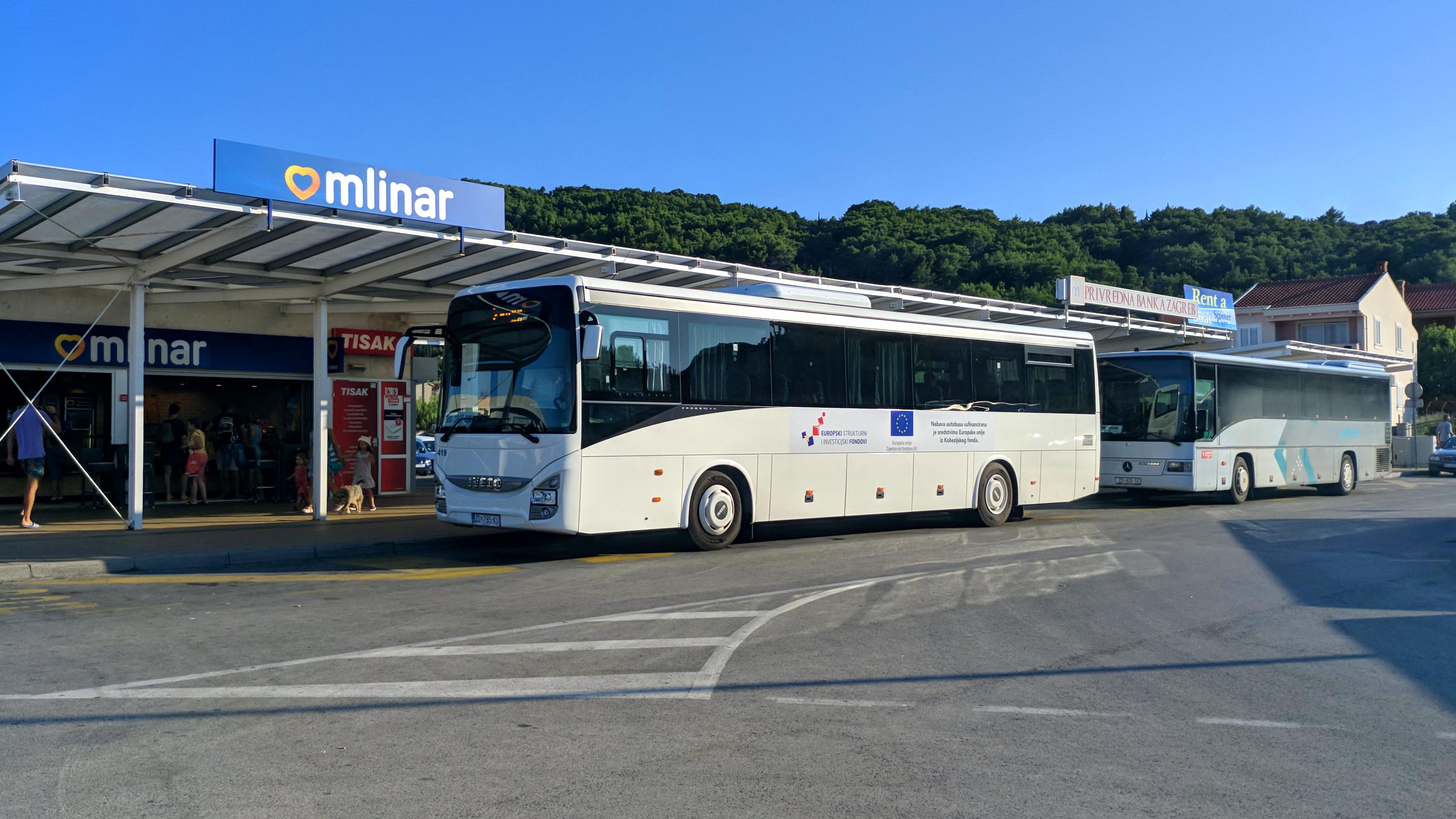 File Iveco Crossway Der Liburnija Zadar In Preko Ugljan Jpg Wikimedia Commons