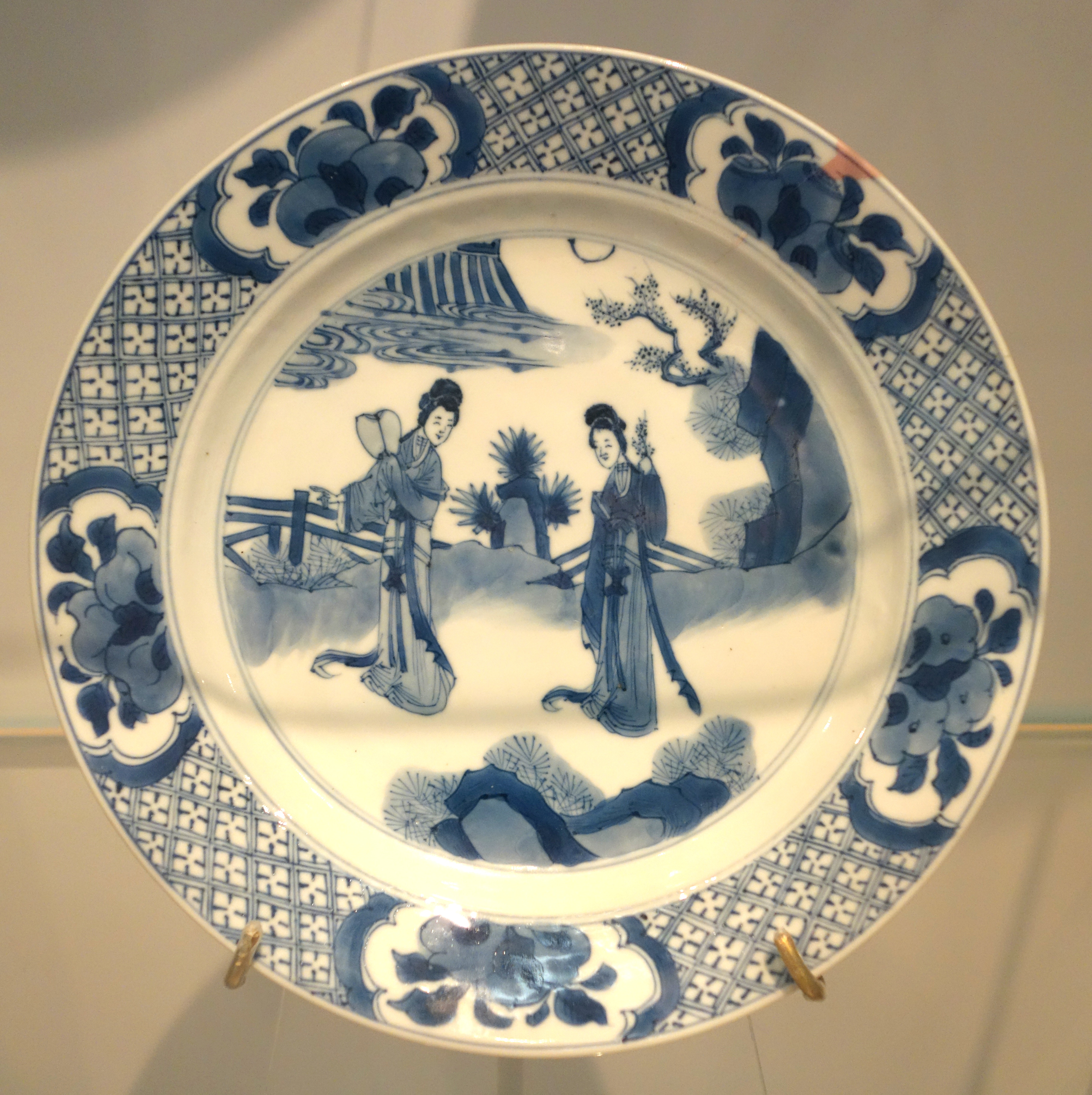 FileJingdezhen plate of European form China Qing dynasty c. 1680 & File:Jingdezhen plate of European form China Qing dynasty c. 1680 ...