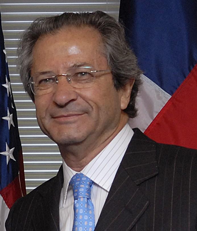 University San Francisco >> José Goñi - Wikipedia