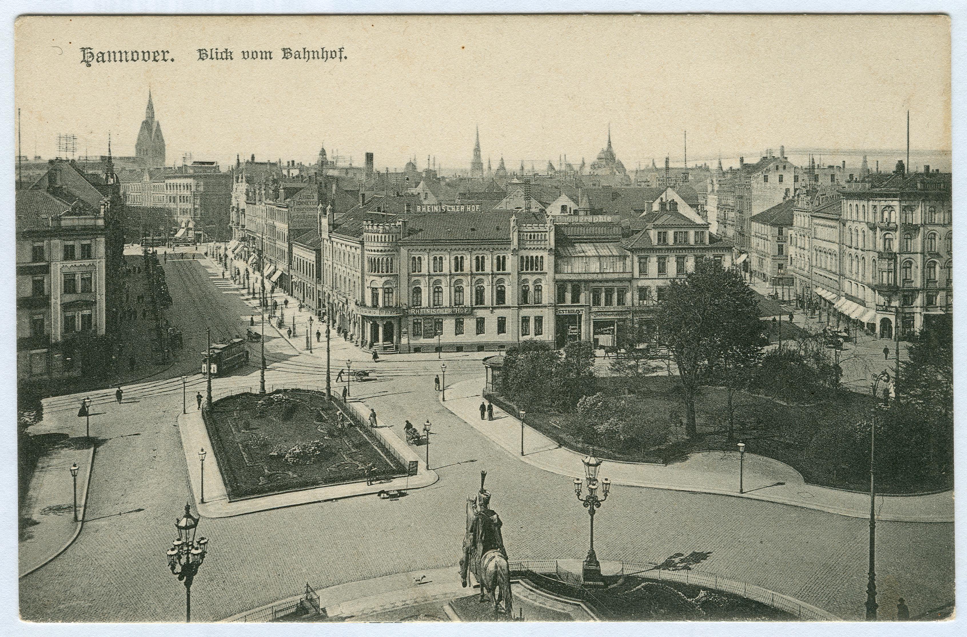 File:Karl F. Wunder PC 1009 Hannover. Blick vom Bahnhof.jpg