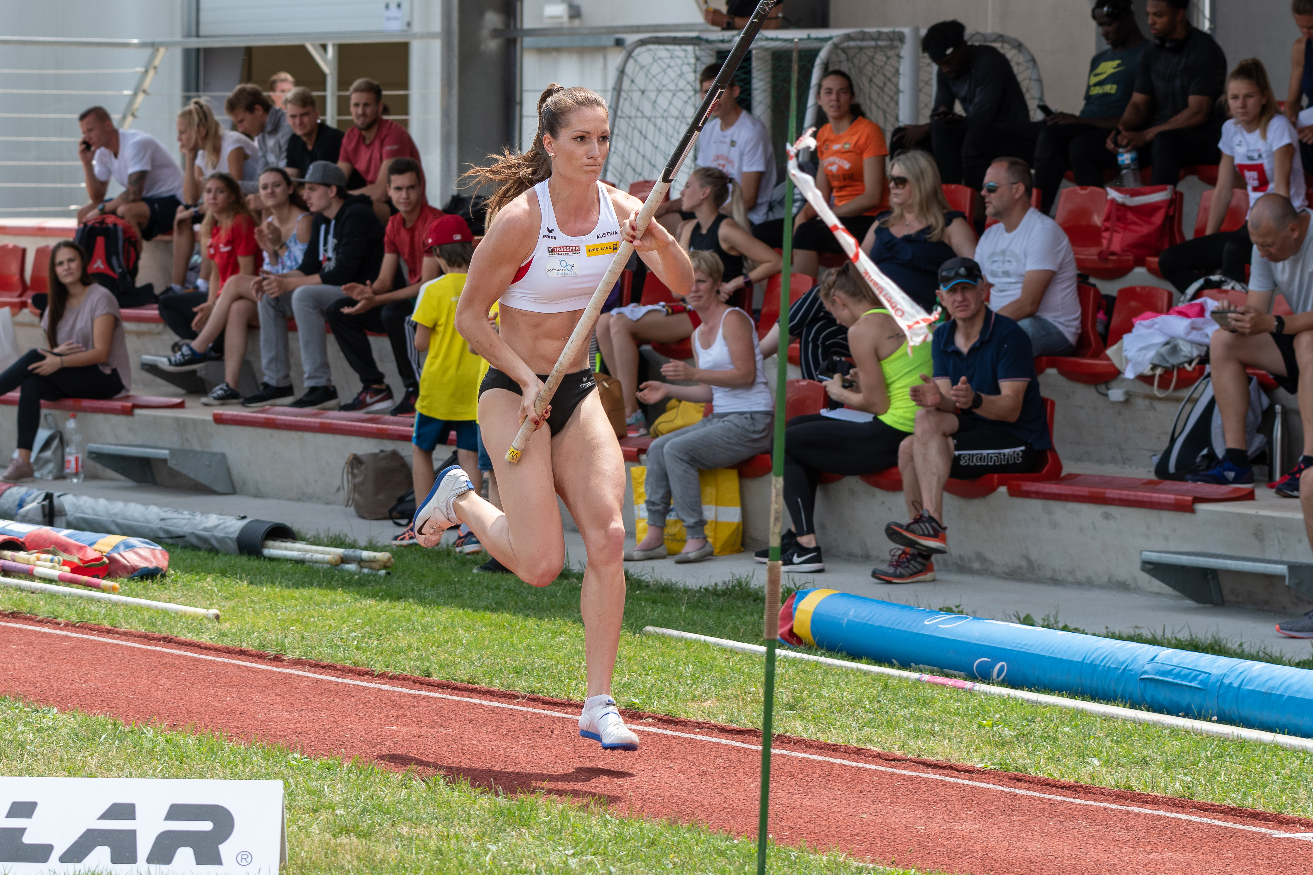 Girls leichtathletik 100 Metres