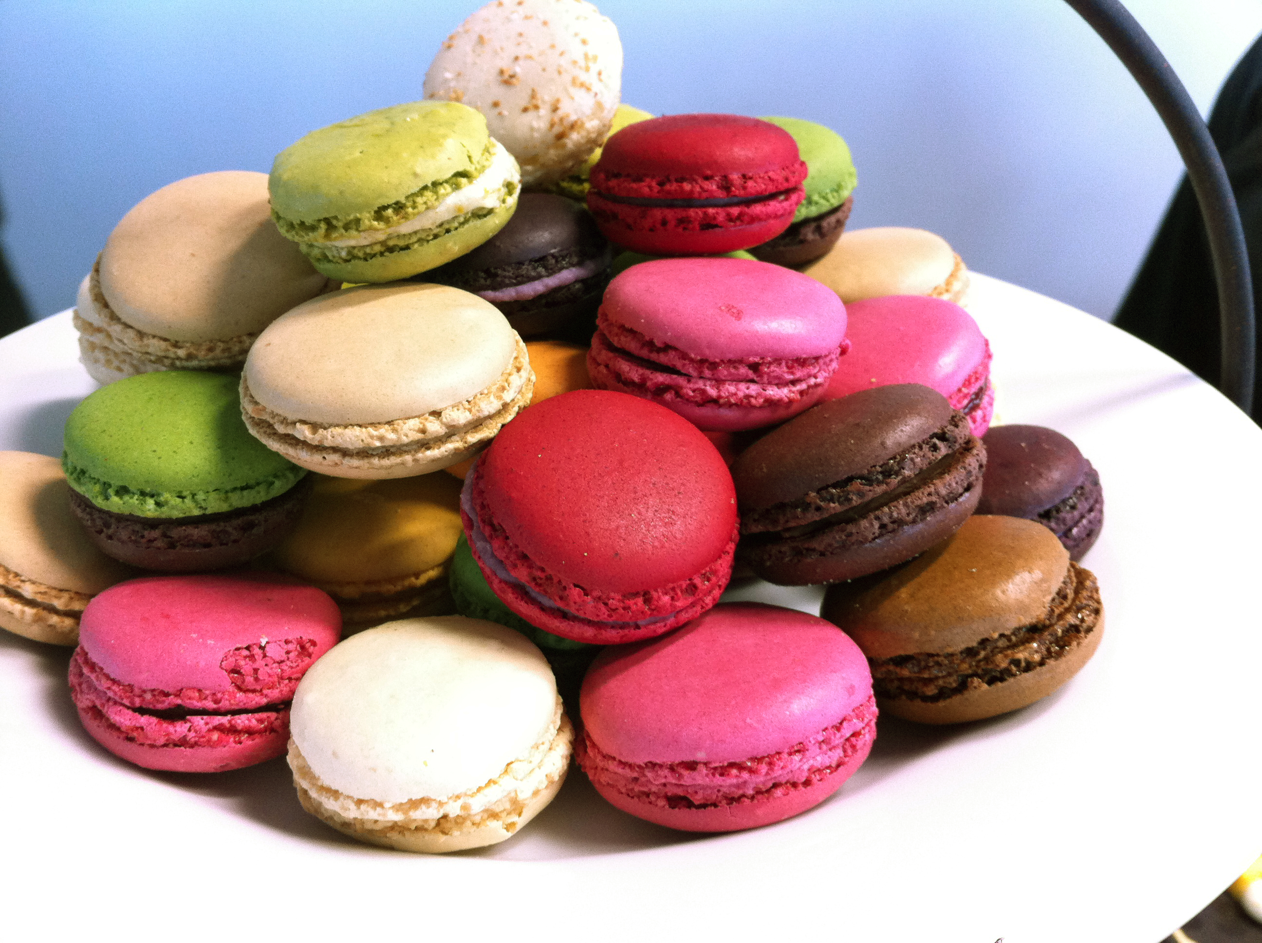 Description Macarons, French made mini cakes.JPG